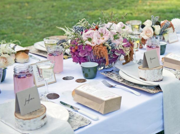 HGTV Feature for WIntertime Picnic in the park for the holidays