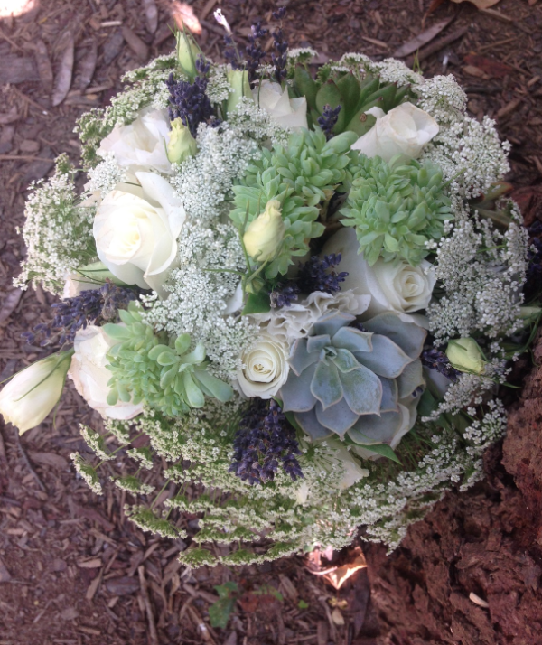 Bridal bouquet by Elegance and Simplicity