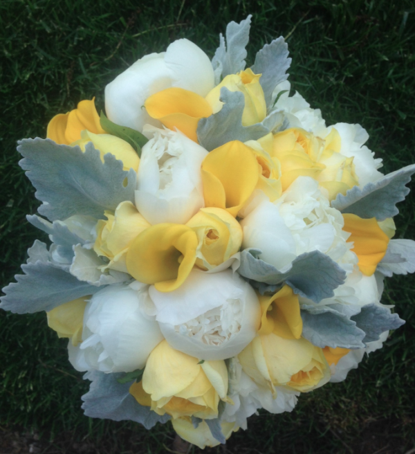 Bridal bouquet faves of 2014 elegance simplicity inc wedding yellow and white and grey bridal bouquet mightylinksfo