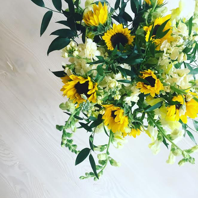 Yellow-Daily-Deliveries-Floral-Flower-Delivery-Bright-Flowers-Wedding-Flowers-Elegance-and-Simplicity-Sunflowers-Happy-Flowers-Floral-Design-DC-Design-Floral-Designer-Wedding-Florist-DC-Florist
